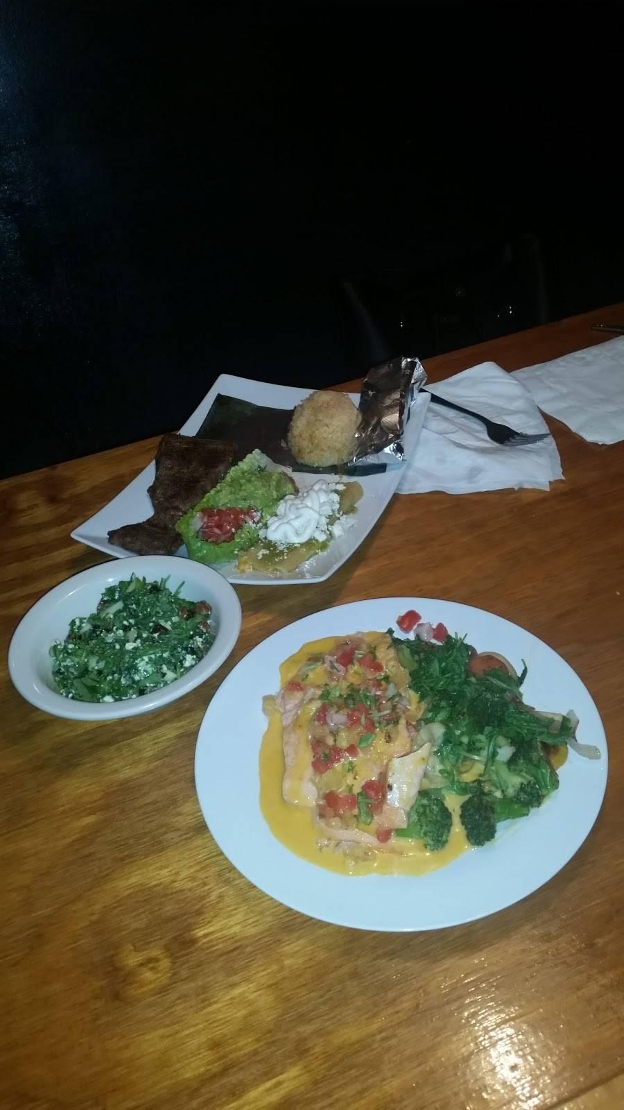 Modern Mixture Too | restaurant | 102 Federal St, Milton, DE 19968, USA | 3026641228 OR +1 302-664-1228