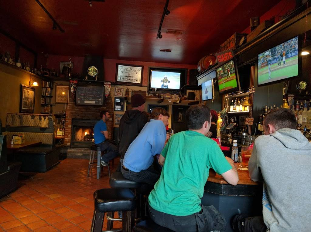 Durty Nellys | restaurant | 2328 Irving St, San Francisco, CA 94122, USA | 4156642555 OR +1 415-664-2555