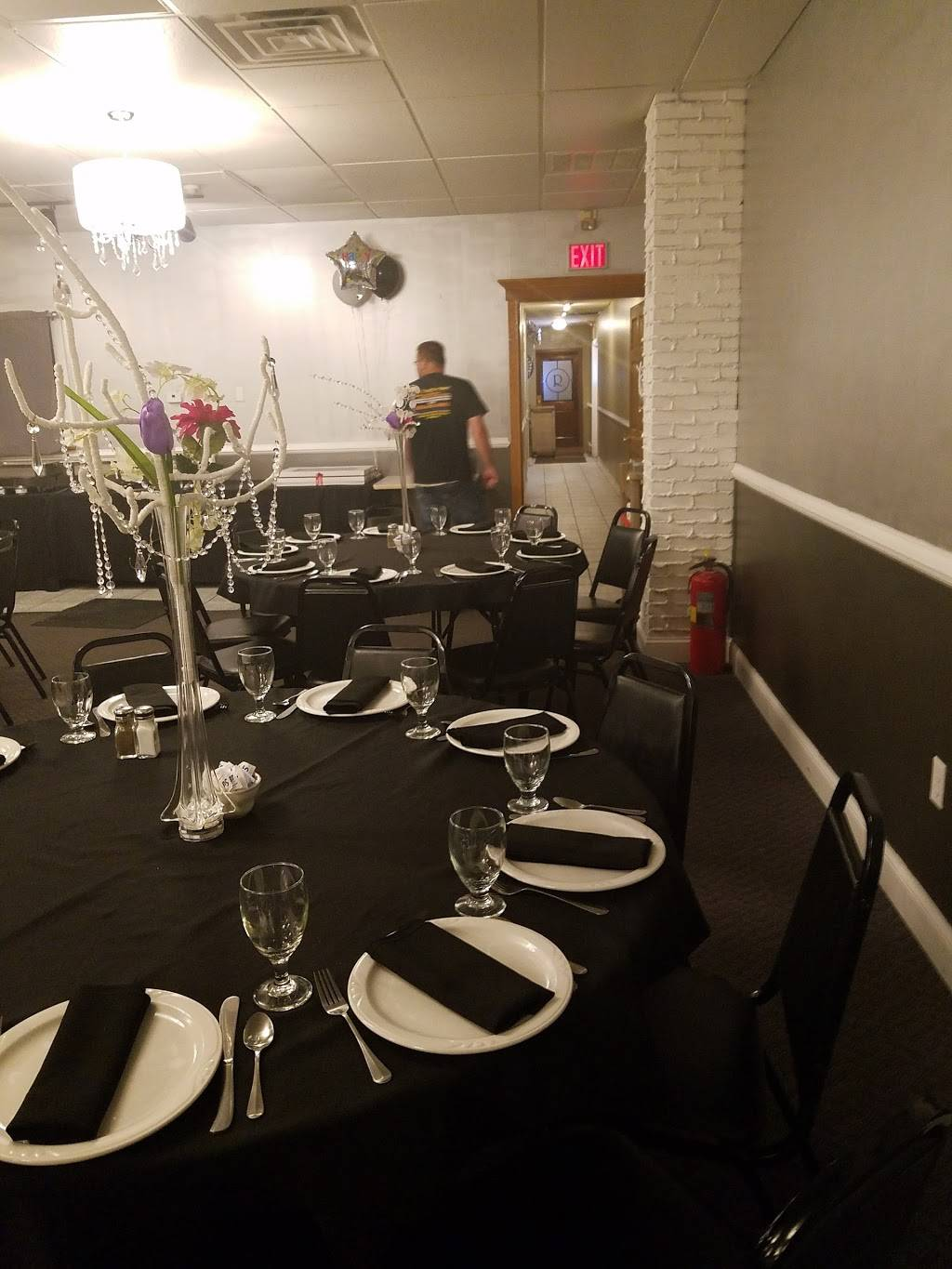 Romans Lounge & Catering | night club | 101 S Broad Mountain Ave, Frackville, PA 17931, USA | 5708743812 OR +1 570-874-3812