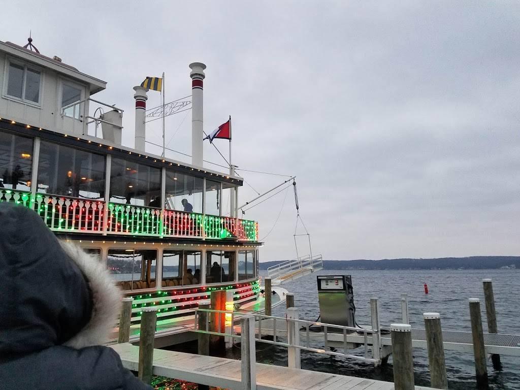 Gage Marine | restaurant | 1 Liechty Dr, Williams Bay, WI 53191, USA | 2622455501 OR +1 262-245-5501