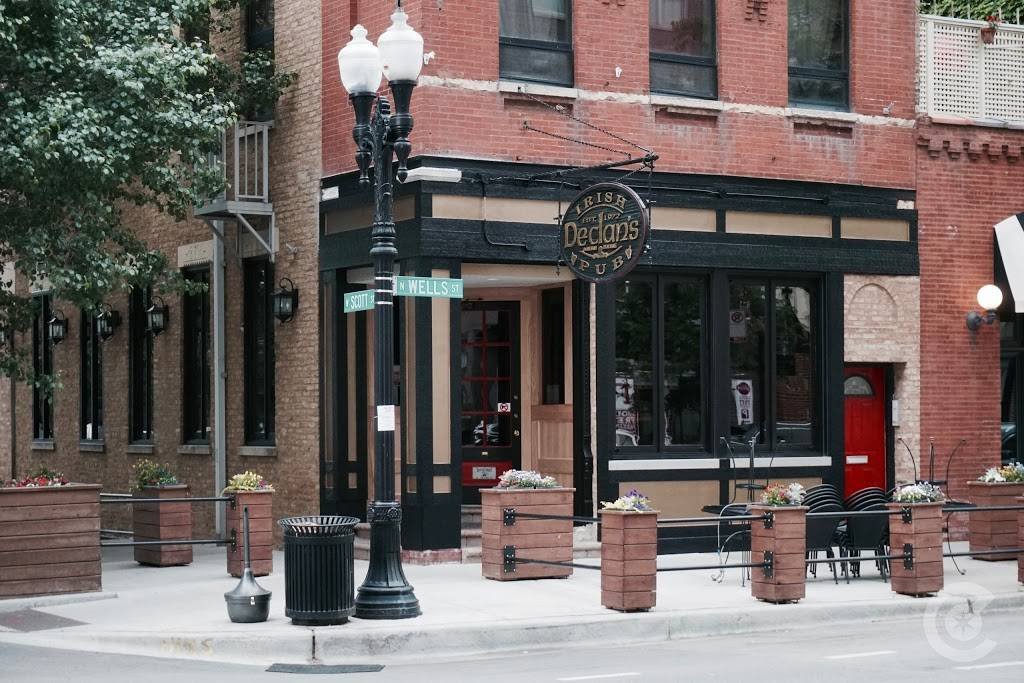Declans Irish Pub | restaurant | 1240 N Wells St, Chicago, IL 60610, USA | 3126425522 OR +1 312-642-5522