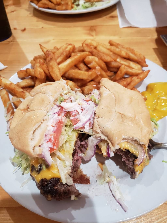 Turnpike's Rest Stop | restaurant | 3429 Deltona Blvd, Spring Hill, FL 34606, USA | 3527012009 OR +1 352-701-2009