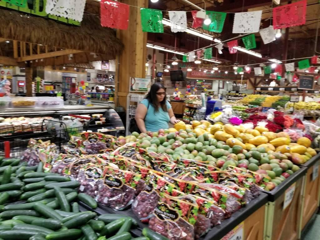 Los Altos Ranch Market   bakery   6730 W N Camelback Rd, Glendale, AZ 85303, USA   6238464447 OR +1 623-846-4447