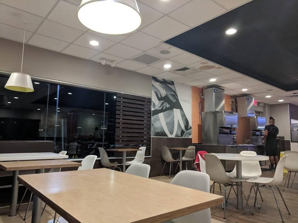 McDonalds   cafe   88-05 Astoria Blvd, East Elmhurst, NY 11369, USA   7188987437 OR +1 718-898-7437
