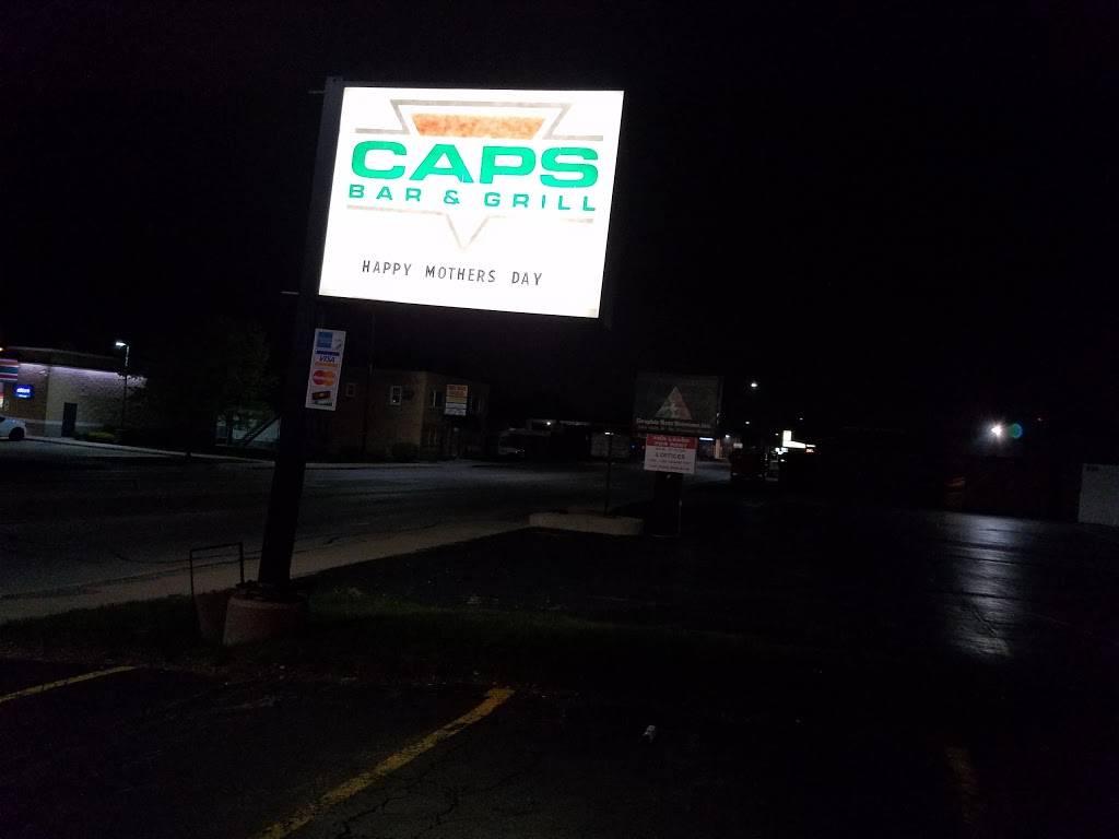 Caps Sports Bar & Grill | restaurant | 347 St Charles Rd, Villa Park, IL 60181, USA | 6302790005 OR +1 630-279-0005