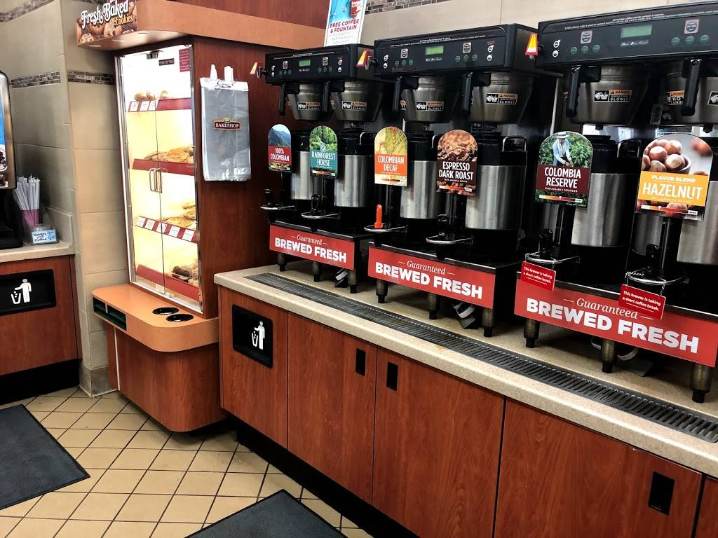 Holiday Stationstores | cafe | 3 N Benton Dr, Sauk Rapids, MN 56379, USA | 3202521971 OR +1 320-252-1971