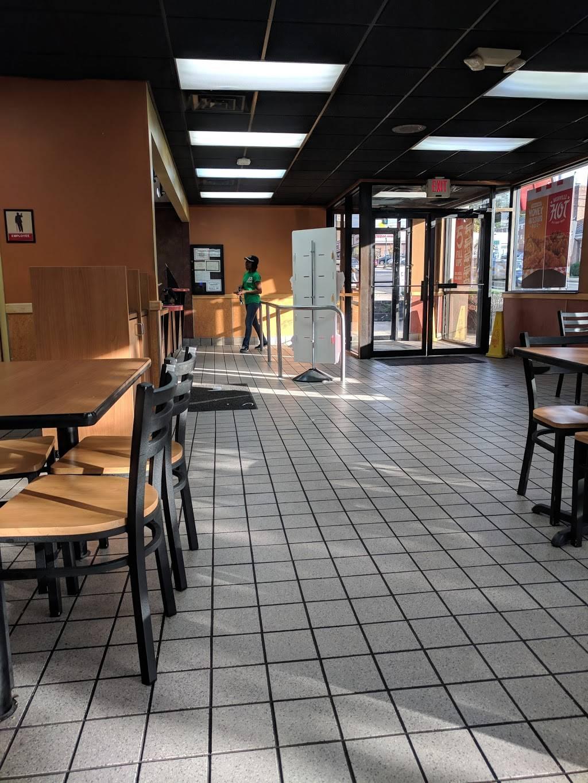 KFC | restaurant | 585 Cedar Ln, Teaneck, NJ 07666, USA | 2018368178 OR +1 201-836-8178