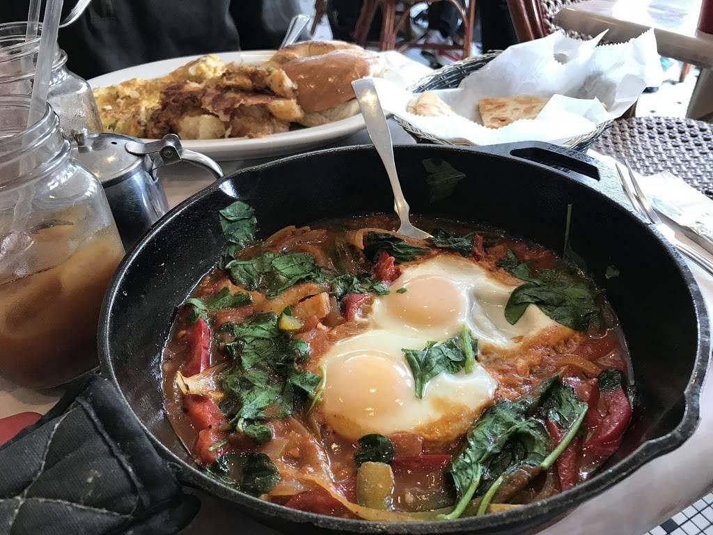 Eggty 8 Cafe | cafe | 140 Main St, Fort Lee, NJ 07024, USA | 2019476699 OR +1 201-947-6699