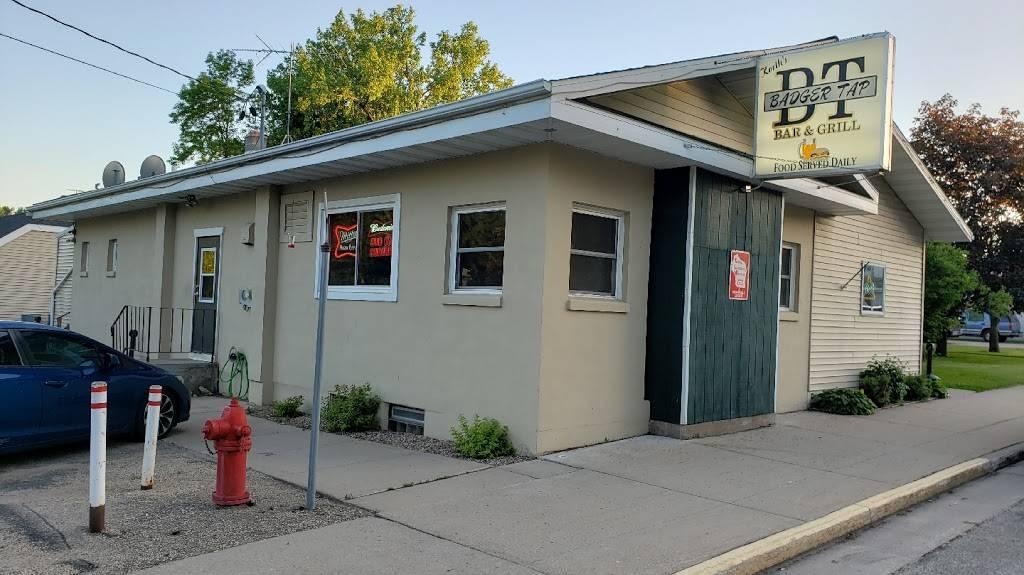 Badger tap | restaurant | 133 E Main St, Embarrass, WI 54933, USA | 7158233047 OR +1 715-823-3047