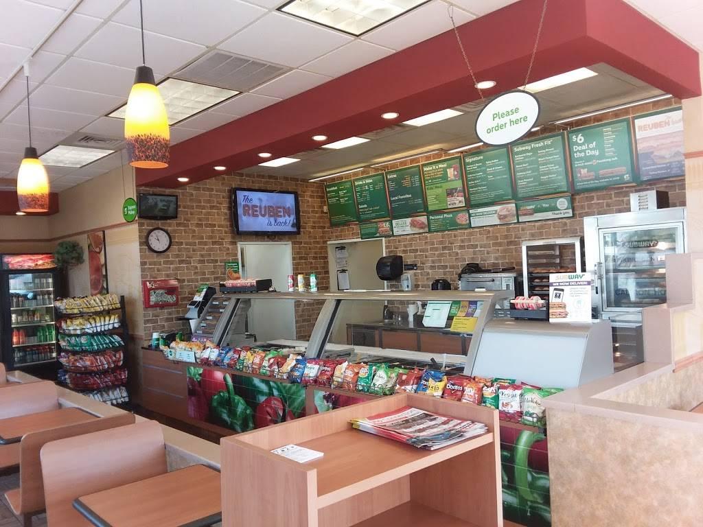 Subway Restaurants   restaurant   3135 34th St N, St. Petersburg, FL 33713, USA   7275219900 OR +1 727-521-9900