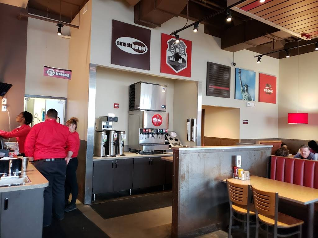 Smashburger | restaurant | 193 W 237th St, Bronx, NY 10463, USA | 7186184229 OR +1 718-618-4229