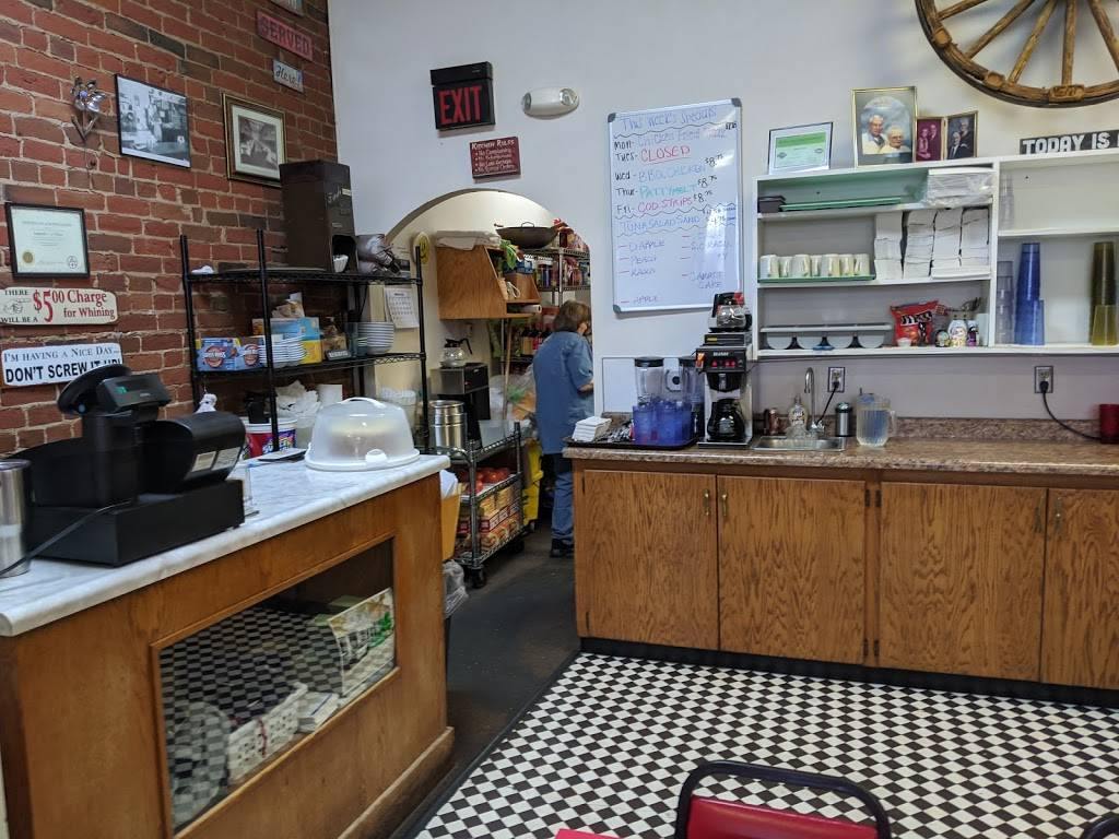 Duncans Cafe | cafe | 501 S Main St, Council Bluffs, IA 51503, USA | 7123283360 OR +1 712-328-3360