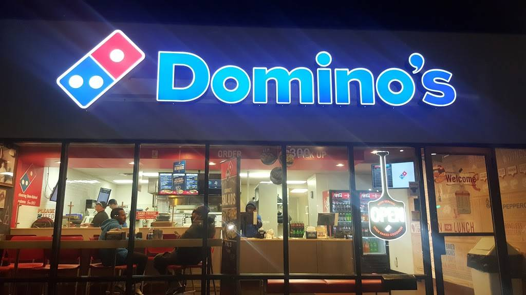 Dominos Pizza | meal delivery | 300 Stadium Rd, Mankato, MN 56001, USA | 5076257711 OR +1 507-625-7711
