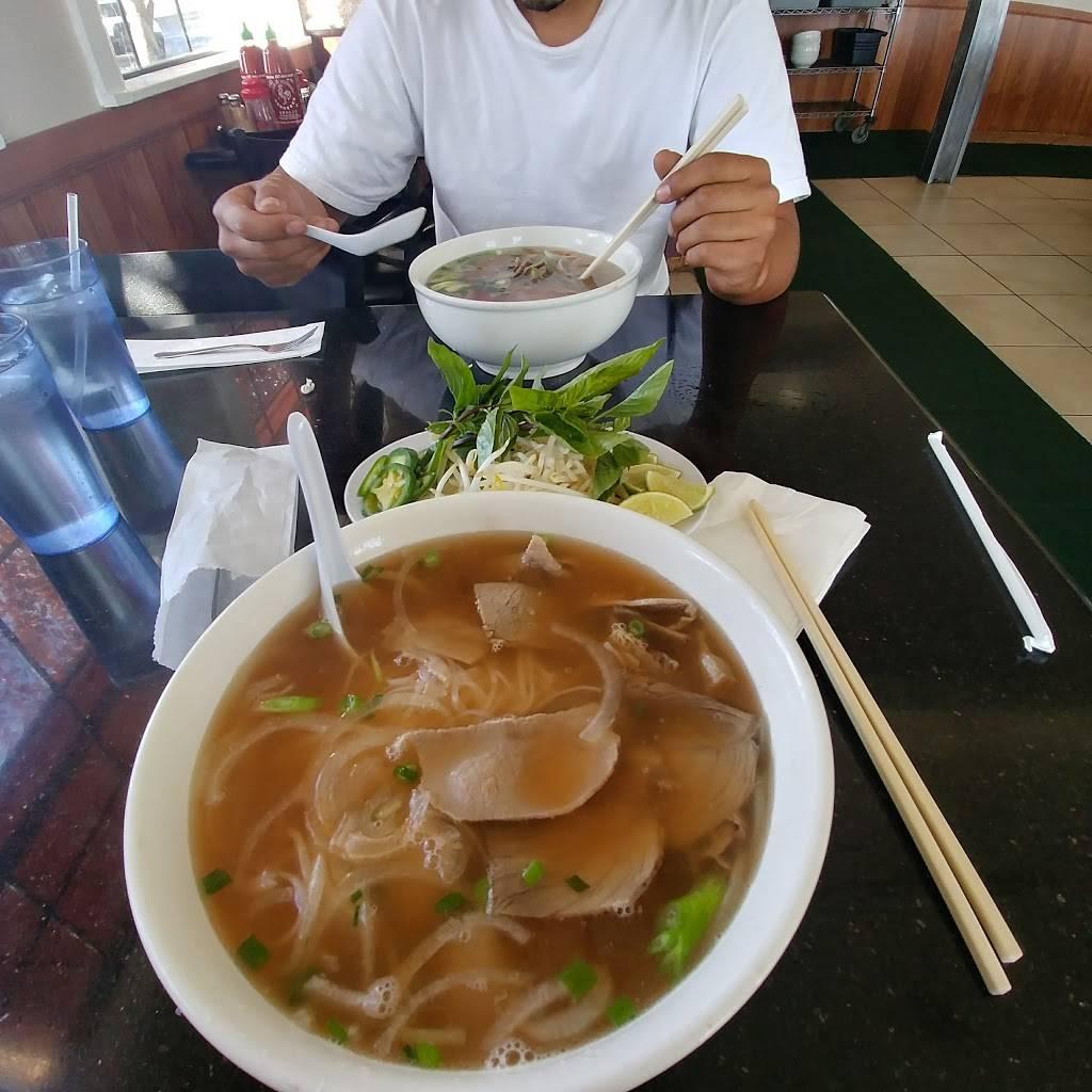 Pho Bac Hoa Viet Restaurant   restaurant   7945 West Ln, Stockton, CA 95210, USA   2094738704 OR +1 209-473-8704