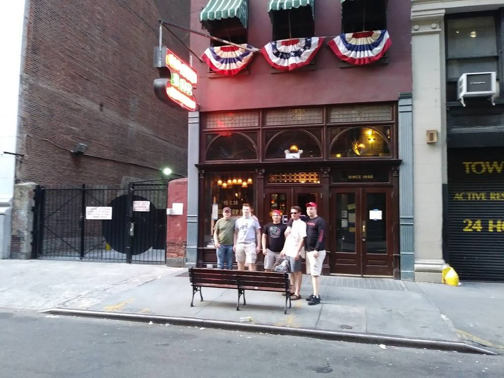 Old Town Bar | restaurant | 45 E 18th St, New York, NY 10003, USA | 2125296732 OR +1 212-529-6732