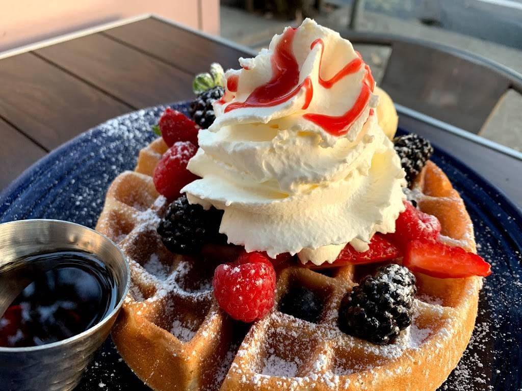eight am   restaurant   1323 Columbus Ave, San Francisco, CA 94133, USA   4152924888 OR +1 415-292-4888