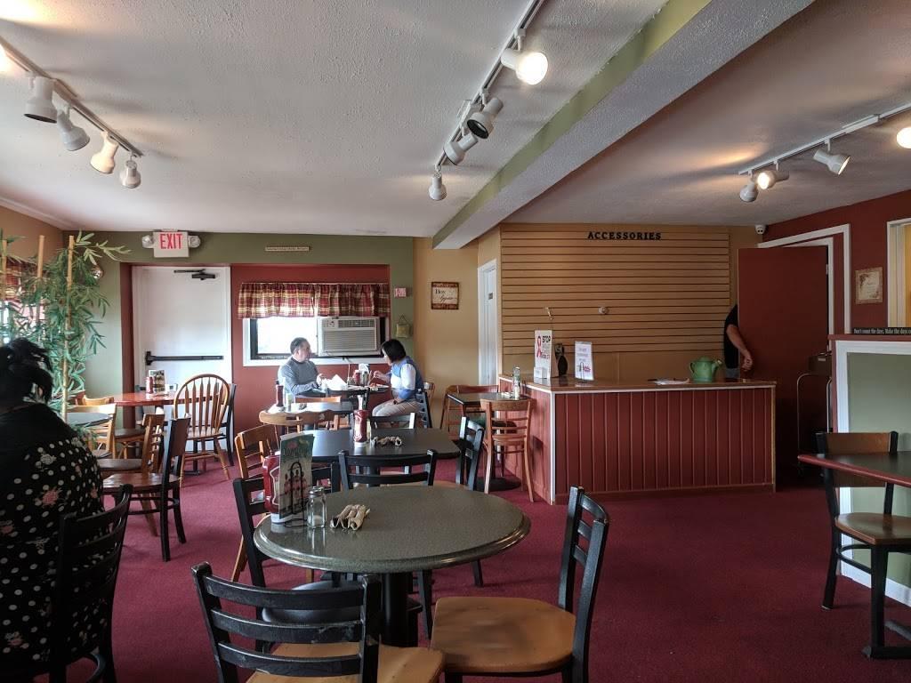 THE SLOPPY WAFFLE LLC   bakery   2551 Berlin Turnpike, Newington, CT 06111, USA   8604366893 OR +1 860-436-6893