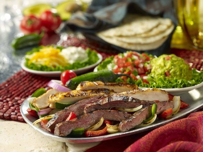Uncle Julios Mexican From Scratch | restaurant | 2360 Fountain Square Dr, Lombard, IL 60148, USA | 6307059260 OR +1 630-705-9260