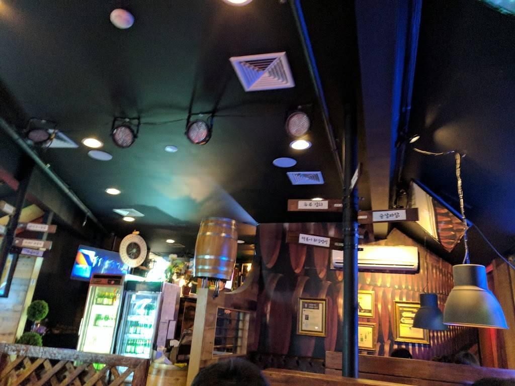 Oak Tong 오크통 | restaurant | 1629 Schlosser St, Fort Lee, NJ 07024, USA | 2015851714 OR +1 201-585-1714