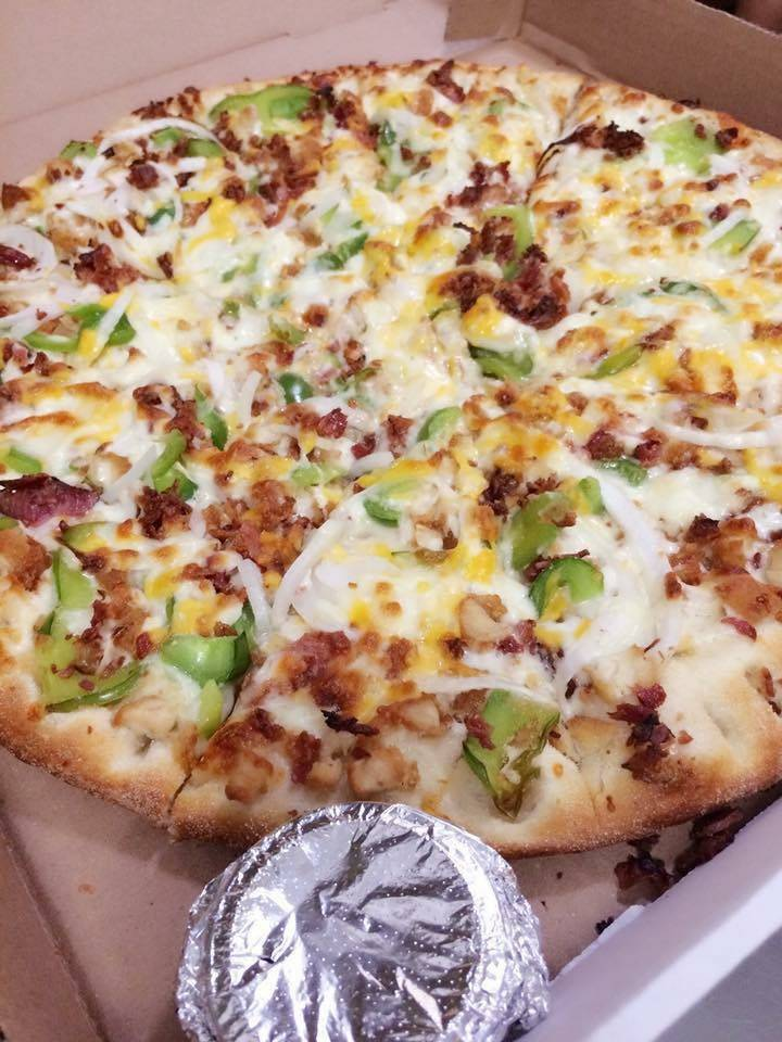 Husky Pizza   meal delivery   565 Main St, Indian Orchard, MA 01151, USA   4135435088 OR +1 413-543-5088