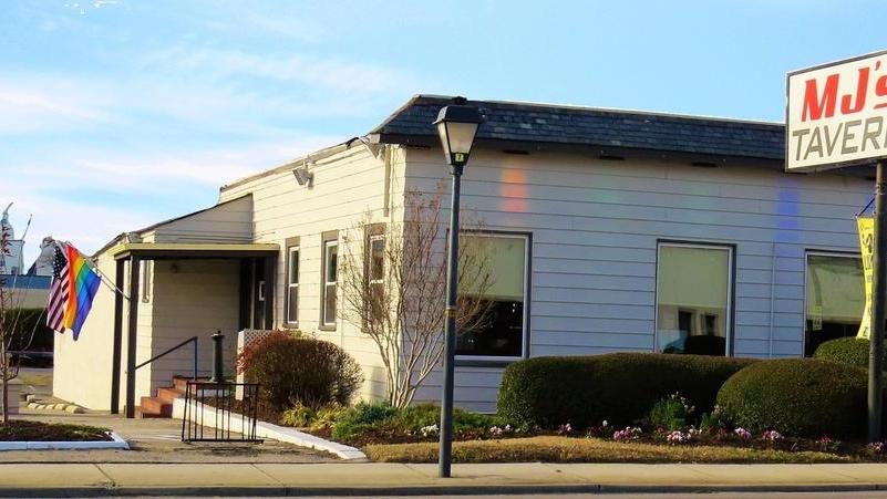 MJs Tavern   restaurant   4019 Granby St, Norfolk, VA 23504, USA   7576488942 OR +1 757-648-8942