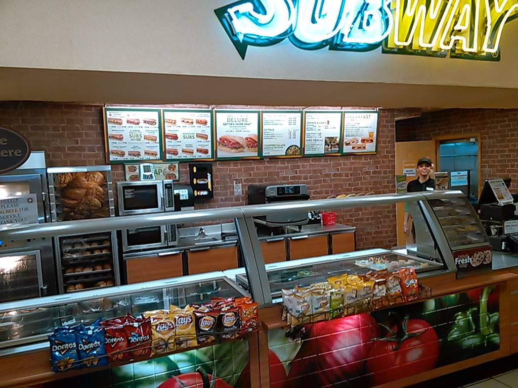 Subway | meal takeaway | 11775 S, N State Hwy 11, Wood River, NE 68883, USA | 3085832577 OR +1 308-583-2577