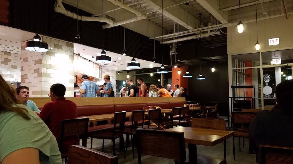 Blaze Pizza | meal takeaway | 6550 N Sheridan Rd, Chicago, IL 60626, USA | 7735361398 OR +1 773-536-1398