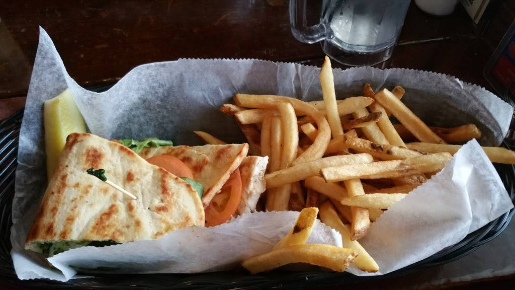 Nitty Gritty-Madison | restaurant | 223 N Frances St, Madison, WI 53703, USA | 6082512521 OR +1 608-251-2521