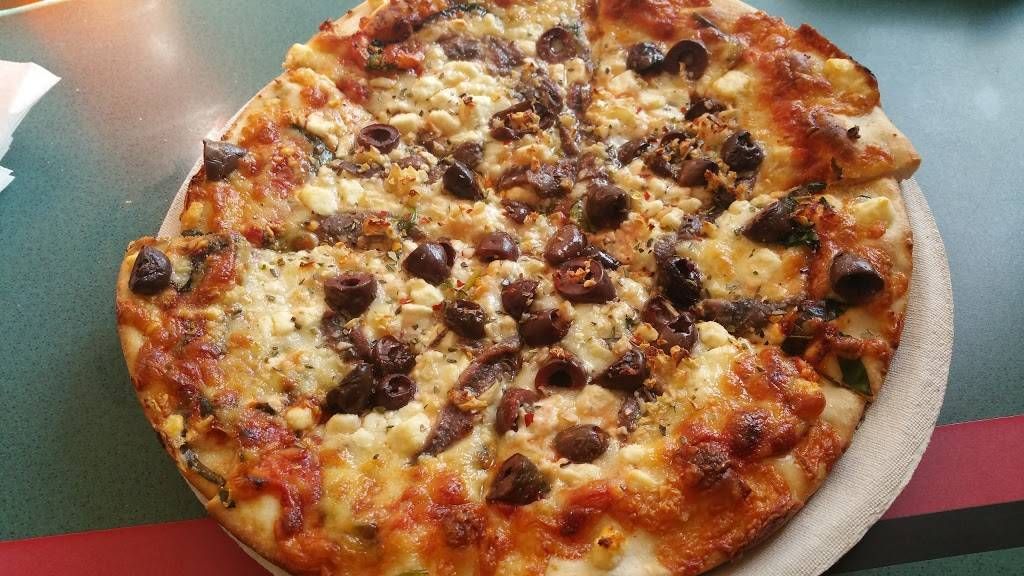 Singas Famous Pizza | meal delivery | 840 Newark Ave, Jersey City, NJ 07306, USA | 2012225141 OR +1 201-222-5141