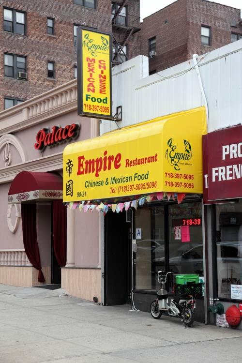 Little Tom Cafe | restaurant | 90-21 63rd Dr, Rego Park, NY 11374, USA | 7183975096 OR +1 718-397-5096