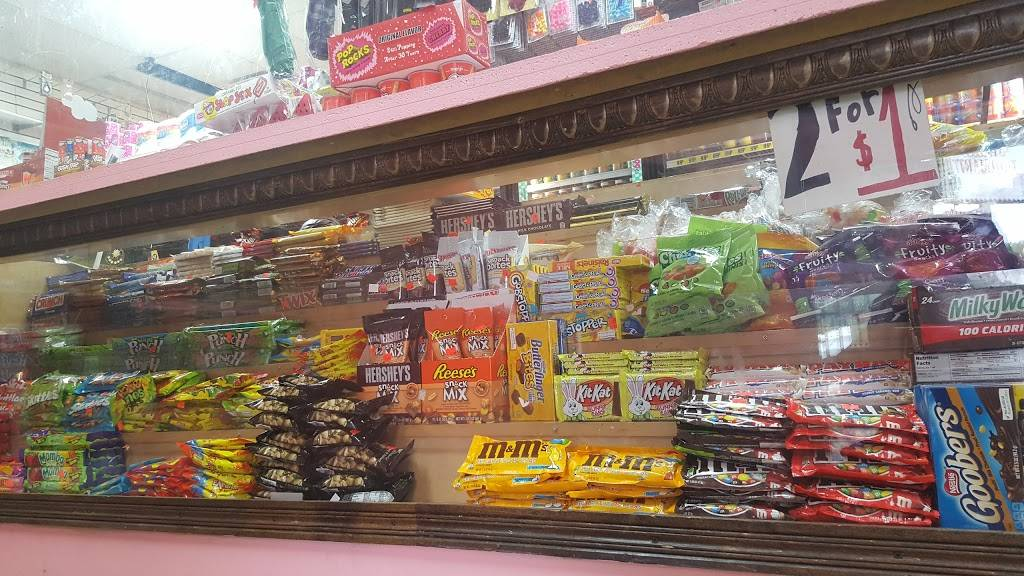 Green line food mart | restaurant | 7701 S Racine Ave, Chicago, IL 60620, USA | 7082320500 OR +1 708-232-0500