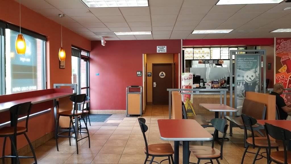Jack in the Box | restaurant | 2750 Del Paso Rd, Sacramento, CA 95834, USA | 9162856753 OR +1 916-285-6753