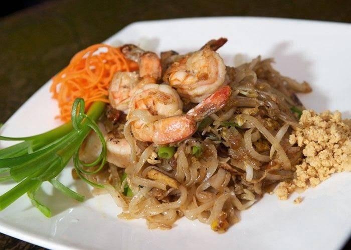 Sweet Basil Thai Restaurant | restaurant | 39-28 61st St, Woodside, NY 11377, USA | 7182050080 OR +1 718-205-0080