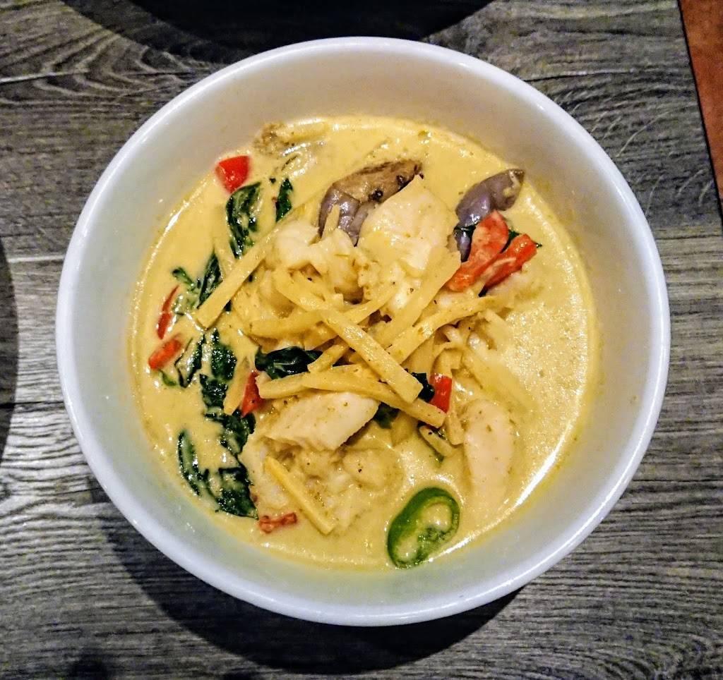 Miss Thailand Brooklyn | restaurant | 346 Graham Ave, Brooklyn, NY 11211, USA | 3472944491 OR +1 347-294-4491