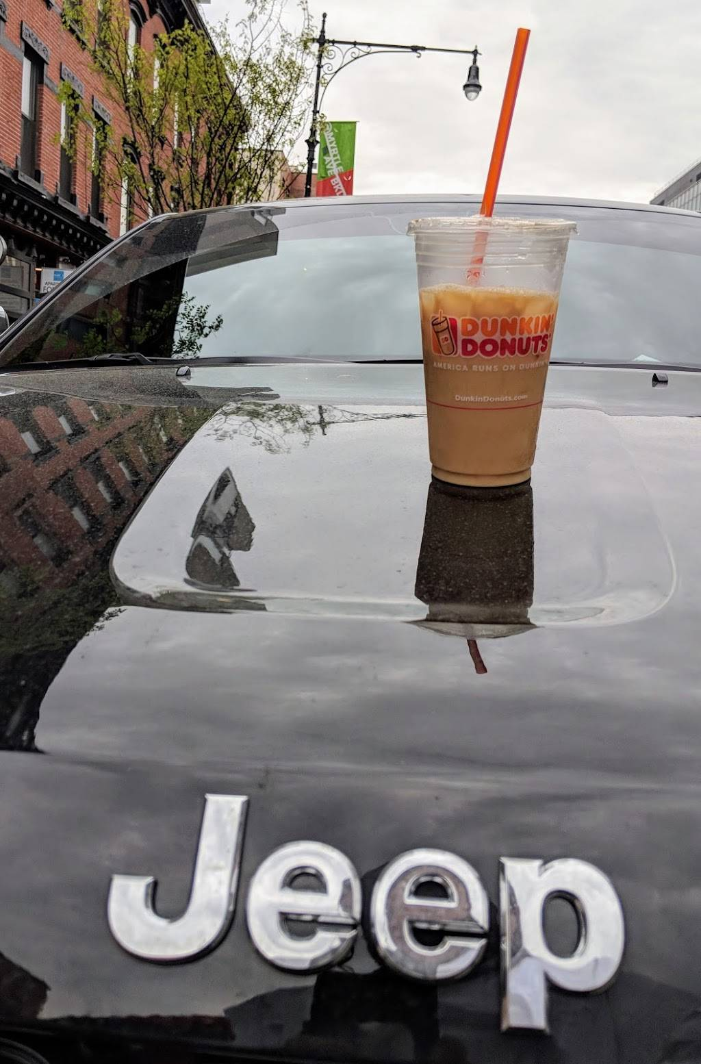 Dunkin Donuts | cafe | 513 Myrtle Ave, Brooklyn, NY 11205, USA | 7182300099 OR +1 718-230-0099