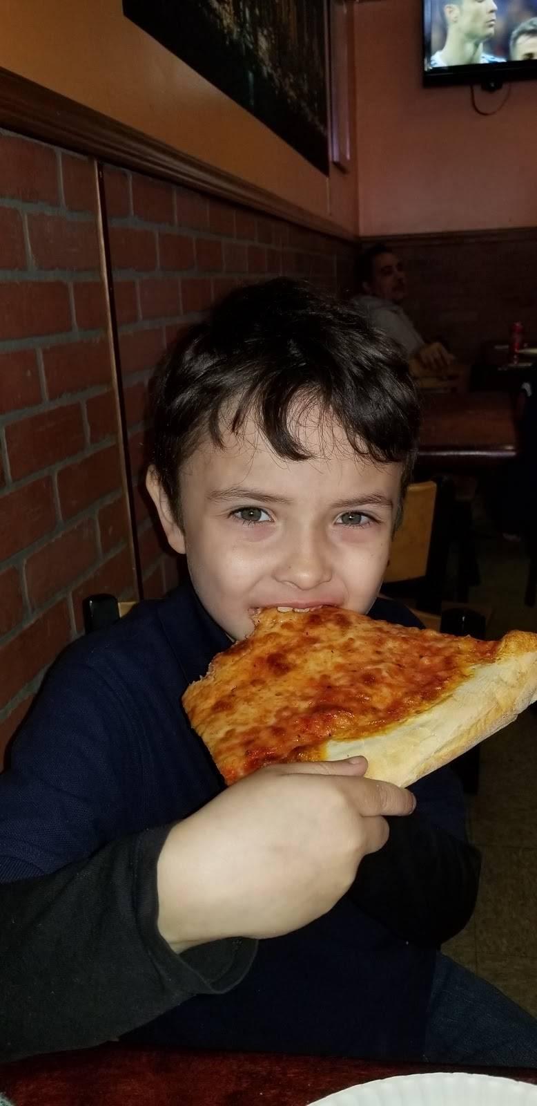 Joes Pizza | restaurant | 1858 Archer St # A, Bronx, NY 10460, USA | 7189310220 OR +1 718-931-0220