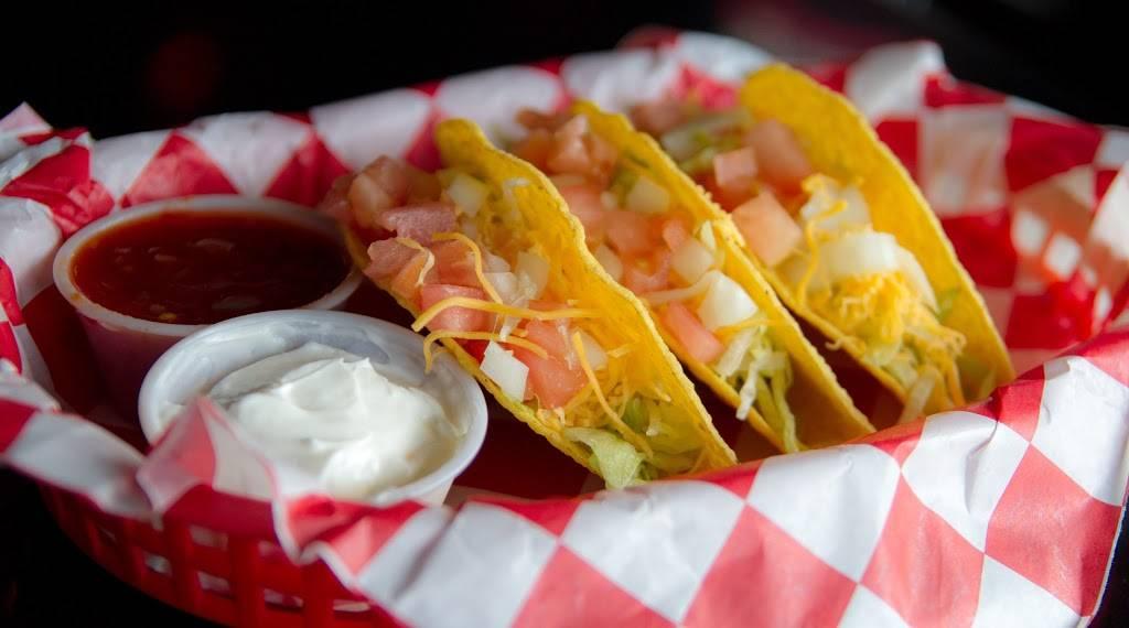 Reeders 11th Street Grub & Pub | restaurant | 2501 11th St, Columbus, NE 68601, USA | 4025645767 OR +1 402-564-5767