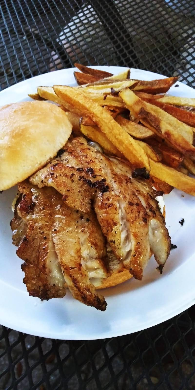 Siris Gourmet Burgers & Pizza | meal delivery | 2813 Beach Blvd S, Gulfport, FL 33707, USA | 7272584949 OR +1 727-258-4949