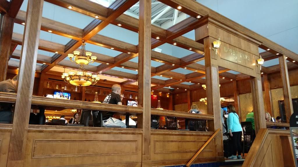 Bobby Vans | restaurant | Terminal 8, Jamaica, NY 11430, USA | 7185532100 OR +1 718-553-2100
