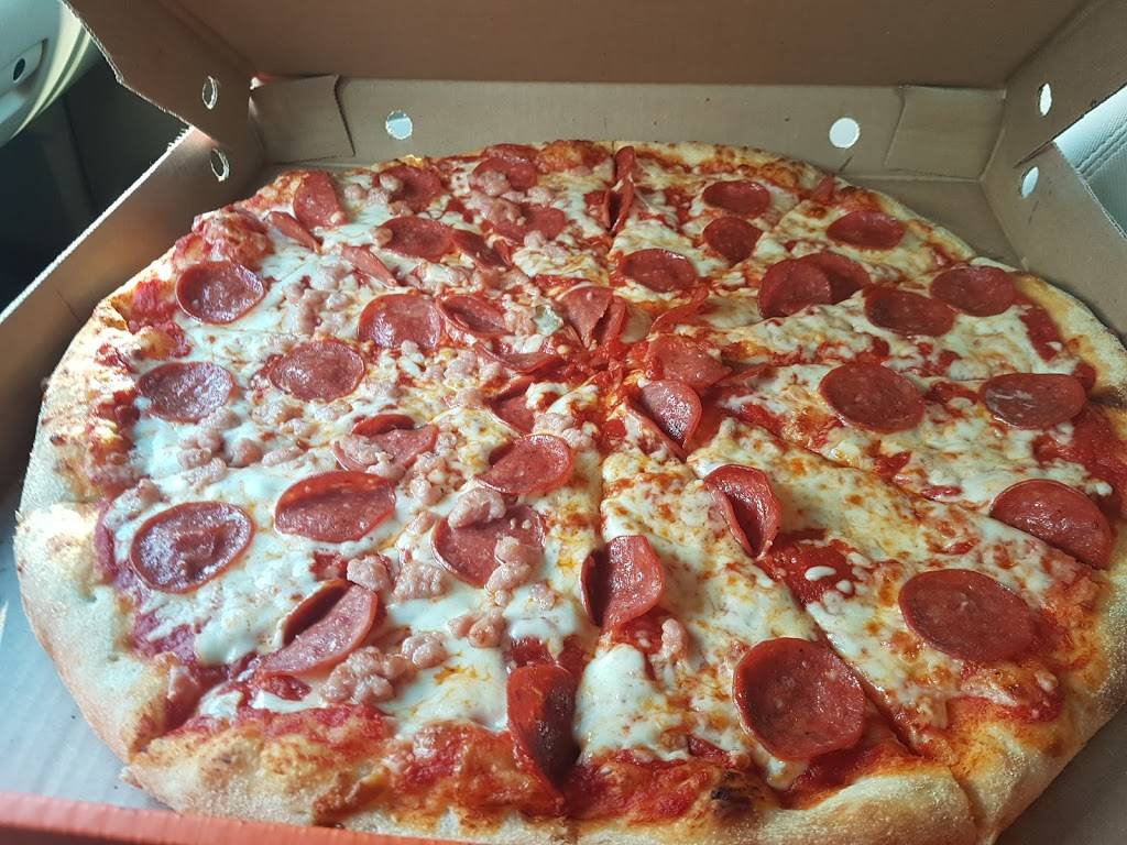 Pizza Pizza | meal delivery | 368 Queen St W, Cambridge, ON N3C 1G8, Canada | 5196581111 OR +1 519-658-1111
