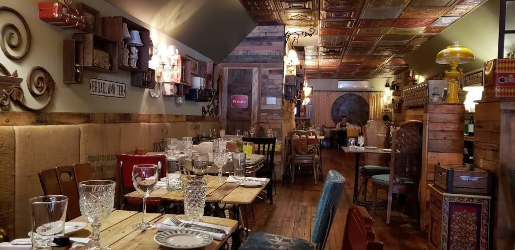 Under the Moon Cafe | cafe | 210 Farnsworth Ave, Bordentown, NJ 08505, USA | 6092918301 OR +1 609-291-8301