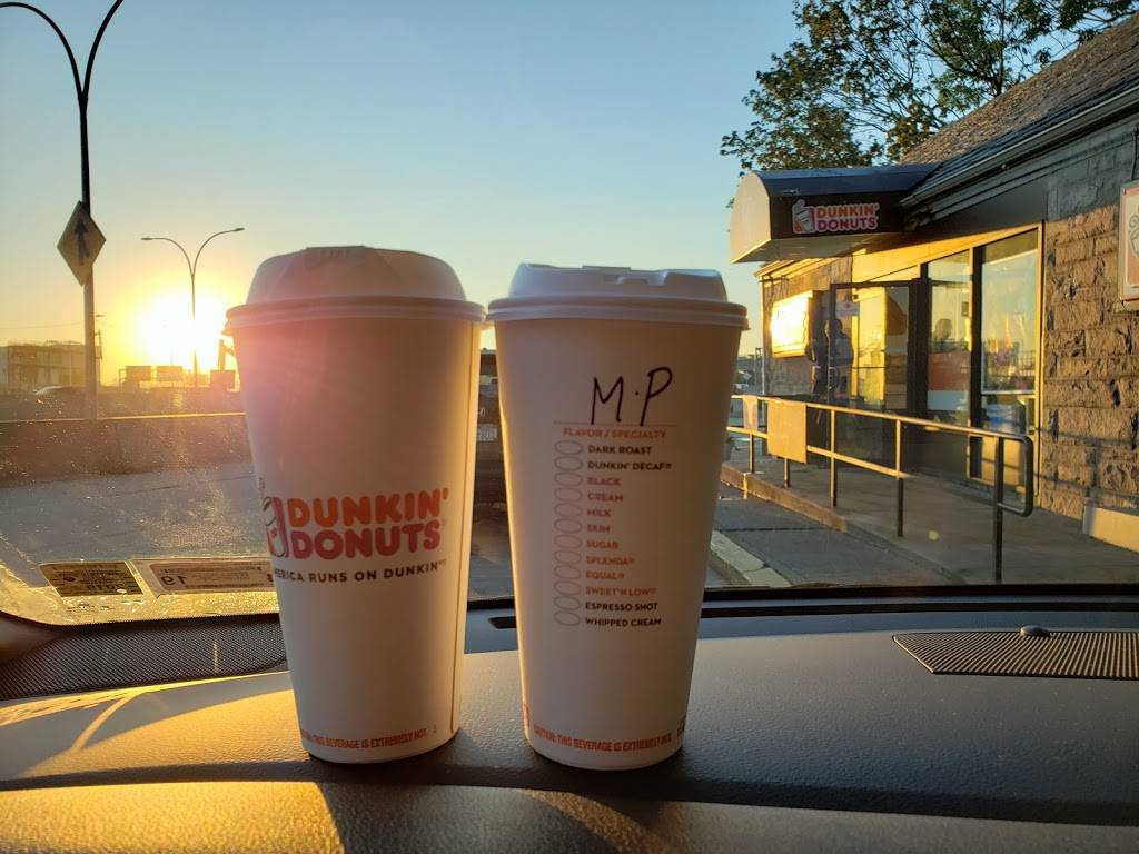 Dunkin Donuts   cafe   10702 Grand Central Pkwy, East Elmhurst, NY 11369, USA   7183978283 OR +1 718-397-8283