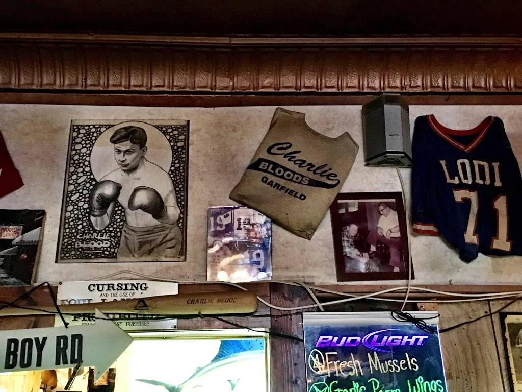 Charlie Bloods | restaurant | 147 Frederick St, Garfield, NJ 07026, USA | 9734788854 OR +1 973-478-8854