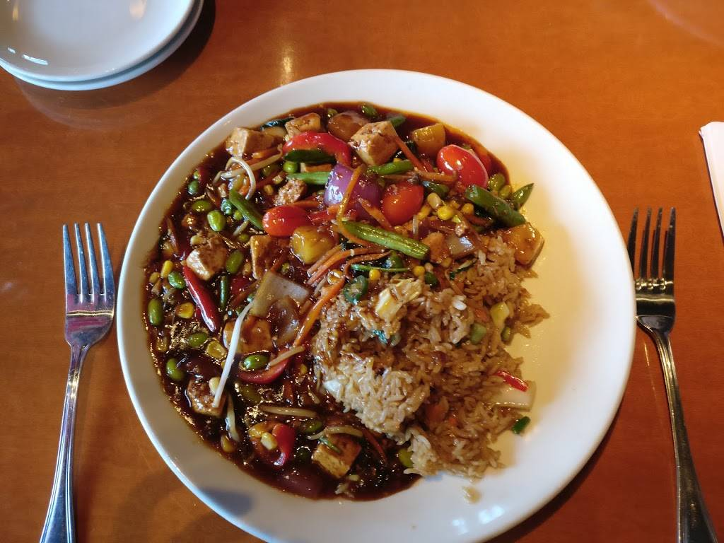 Big Bowl Lincolnshire | restaurant | 215 Parkway Dr, Lincolnshire, IL 60069, USA | 8478088880 OR +1 847-808-8880