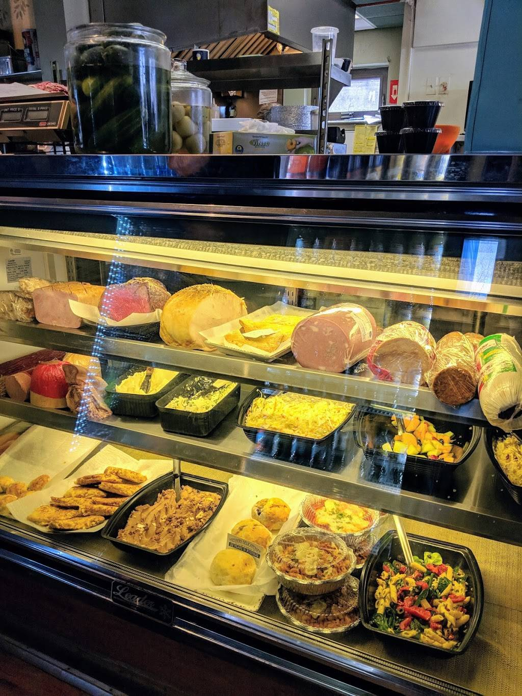 Fressers Delicatessen | meal takeaway | 1097 N Main St, Randolph, MA 02368, USA | 7819614383 OR +1 781-961-4383