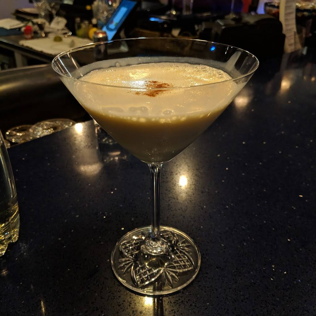 Lanas Lounge | restaurant | 220 King St N, Waterloo, ON N2J 2Y7, Canada | 5197255262 OR +1 519-725-5262