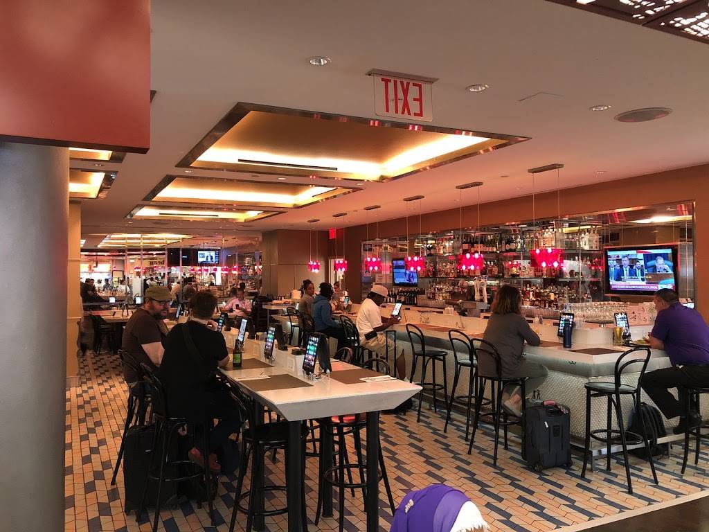 Taste of Bisoux   restaurant   Terminal D Gates 3-4, Flushing, NY 11371, USA