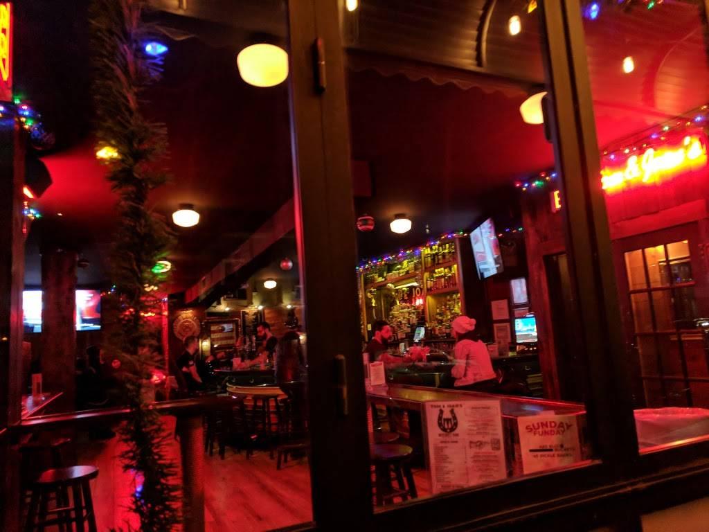 Tom & Joans | restaurant | 437 Graham Ave, Brooklyn, NY 11211, USA | 7183835336 OR +1 718-383-5336
