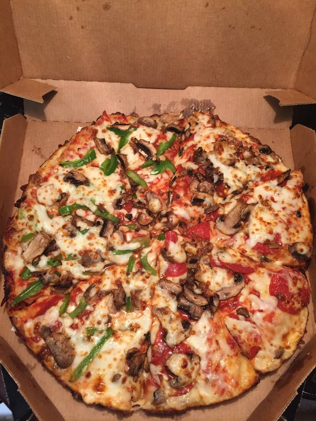 Dominos Pizza | meal delivery | 401 Grand Ave, Des Moines, IA 50309, USA | 5152883030 OR +1 515-288-3030