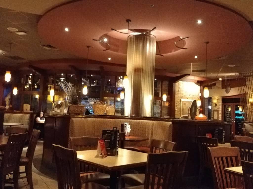 Rôtisserie St-Hubert | restaurant | 270 Rue de Martigny O, Saint-Jérôme, QC J7Y 2G5, Canada | 4504325311 OR +1 450-432-5311